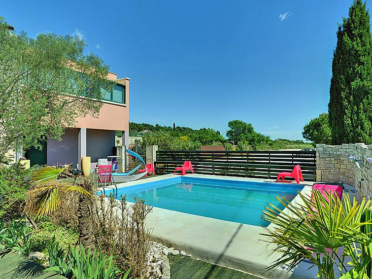 4 bedroom Villa in Pula, Istria, Croatia : ref 2214024 - Image 1 - Pula - rentals