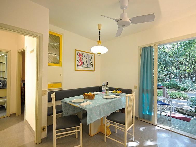 2 bedroom Villa in San Vincenzo, Costa Etrusca, Italy : ref 2215398 - Image 1 - San Vincenzo - rentals