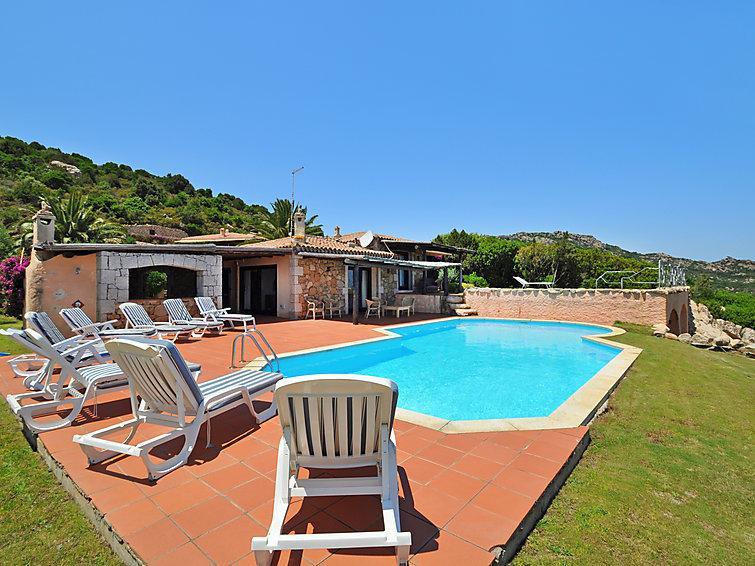 5 bedroom Villa in Porto Cervo, Sardinia, Italy : ref 2008977 - Image 1 - Porto Cervo - rentals