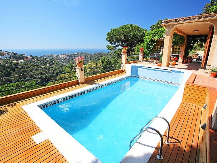 5 bedroom Villa in Lloret De Mar, Costa Brava, Spain : ref 2236363 - Image 1 - Lloret de Mar - rentals