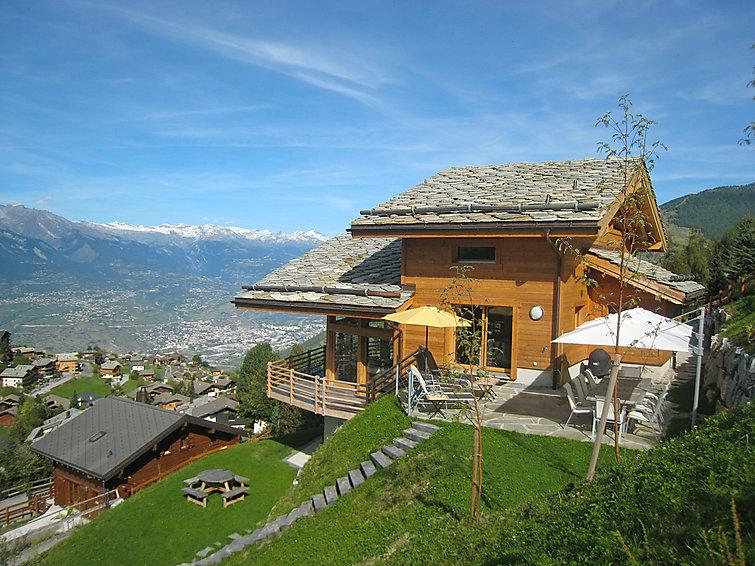 5 bedroom Villa in Nendaz, Valais, Switzerland : ref 2296702 - Image 1 - Nendaz - rentals