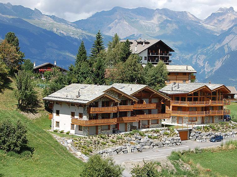 5 bedroom Apartment in Nendaz, Valais, Switzerland : ref 2296718 - Image 1 - Nendaz - rentals