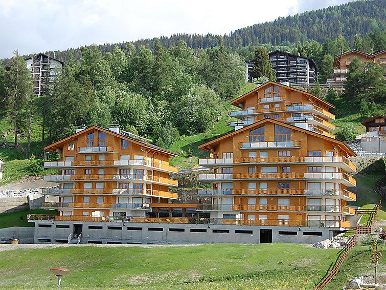 4 bedroom Apartment in Nendaz, Valais, Switzerland : ref 2296815 - Image 1 - Nendaz - rentals