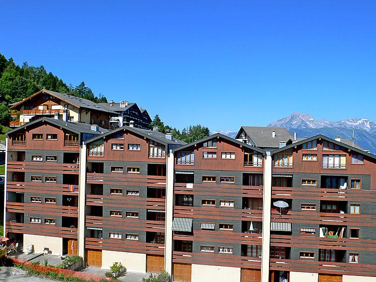 3 bedroom Apartment in Nendaz, Valais, Switzerland : ref 2298806 - Image 1 - Nendaz - rentals