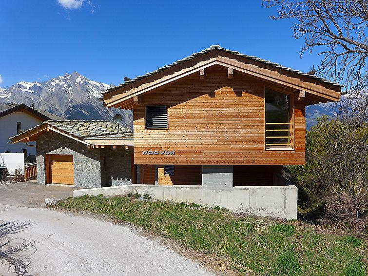 5 bedroom Villa in Nendaz, Valais, Switzerland : ref 2300764 - Image 1 - Nendaz - rentals