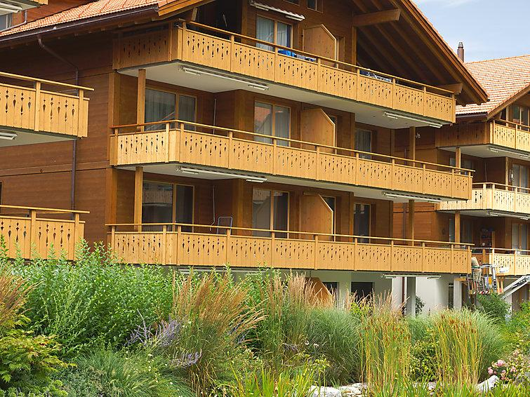 3 bedroom Apartment in Iseltwald, Bernese Oberland, Switzerland : ref 2297183 - Image 1 - Iseltwald - rentals
