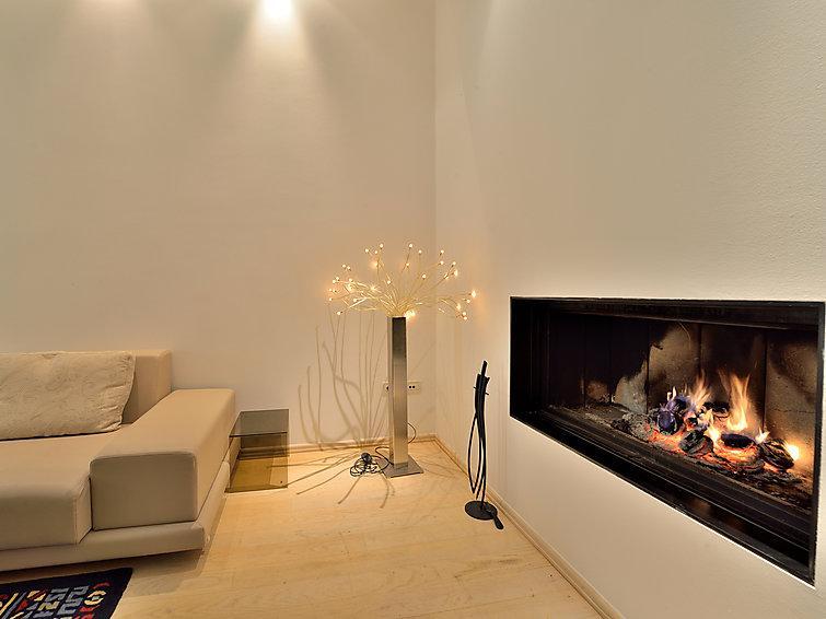 6 bedroom Villa in Zadar, North Dalmatia, Croatia : ref 2235469 - Image 1 - Diklo - rentals