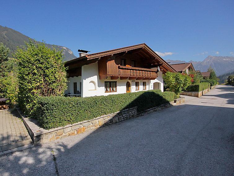 6 bedroom Villa in Mayrhofen, Zillertal, Austria : ref 2295493 - Image 1 - Mayrhofen - rentals