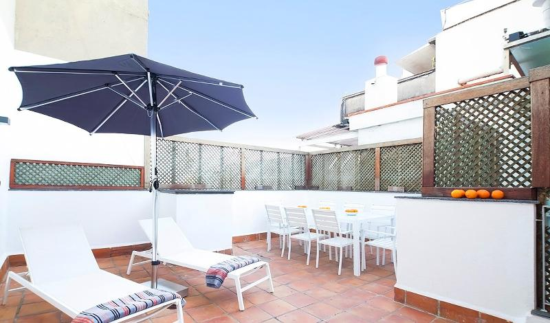 Wonderful terrace to enjoy the Mediterranean weather! - DUPLEX TERRACE, by Sagrada Familia! - Barcelona - rentals