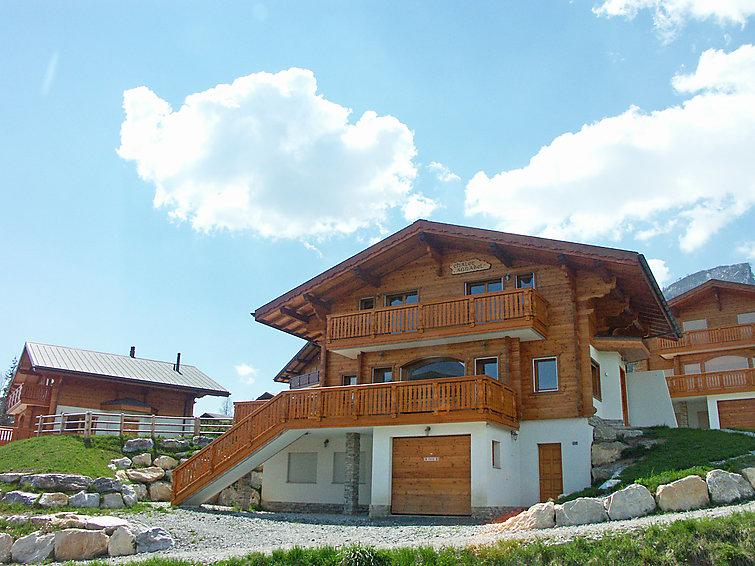 4 bedroom Villa in Anzere, Valais, Switzerland : ref 2296936 - Image 1 - Anzere - rentals