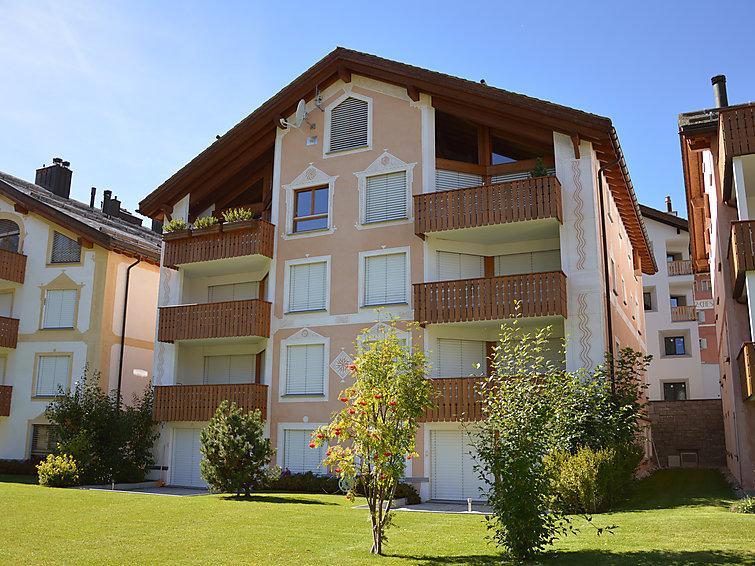 3 bedroom Apartment in Silvaplana Surlej, Engadine, Switzerland : ref 2298397 - Image 1 - Silvaplana - rentals