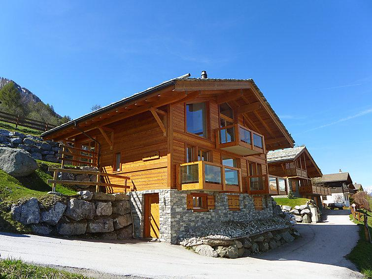 6 bedroom Villa in Nendaz, Valais, Switzerland : ref 2296730 - Image 1 - Nendaz - rentals