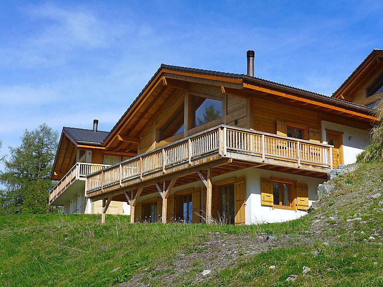 4 bedroom Villa in Nendaz, Valais, Switzerland : ref 2296798 - Image 1 - Nendaz - rentals