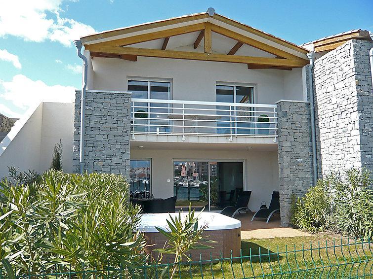 3 bedroom Villa in Cap d'Agde, Herault Aude, France : ref 2008210 - Image 1 - Cap-d'Agde - rentals