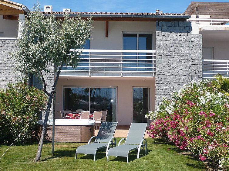 3 bedroom Villa in Cap d'Agde, Herault Aude, France : ref 2008211 - Image 1 - Cap-d'Agde - rentals