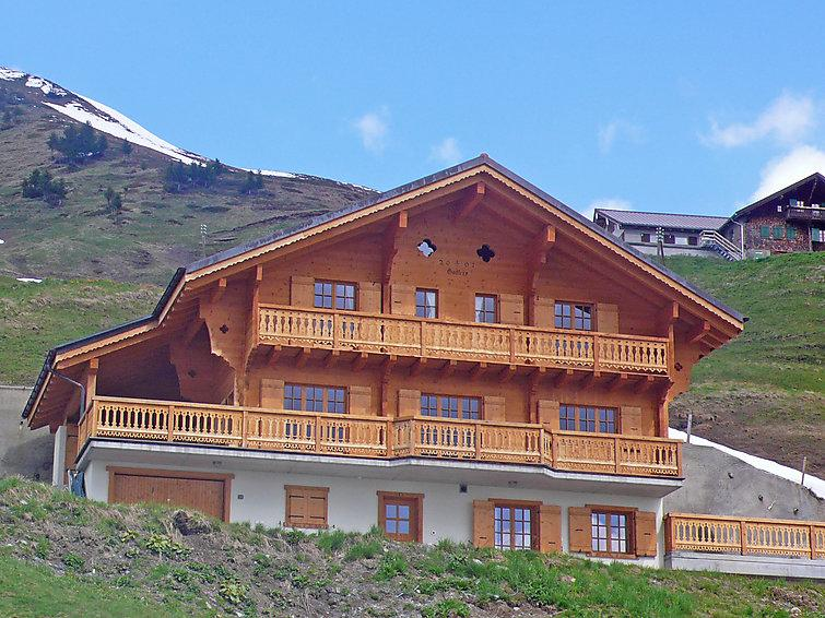 5 bedroom Villa in Val d Illiez, Valais, Switzerland : ref 2296356 - Image 1 - Val-d'Illiez - rentals