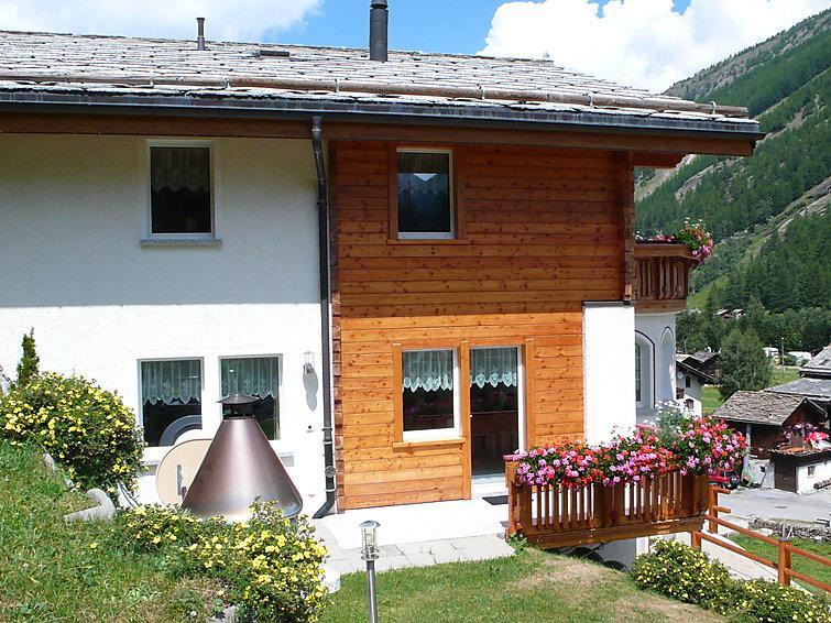 6 bedroom Villa in Saas Grund, Valais, Switzerland : ref 2297356 - Image 1 - Saas-grund - rentals