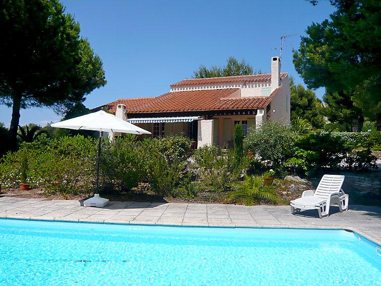 4 bedroom Villa in Saint Cyr La Madrague, Cote d'Azur, France : ref 2012561 - Image 1 - Les Lecques - rentals