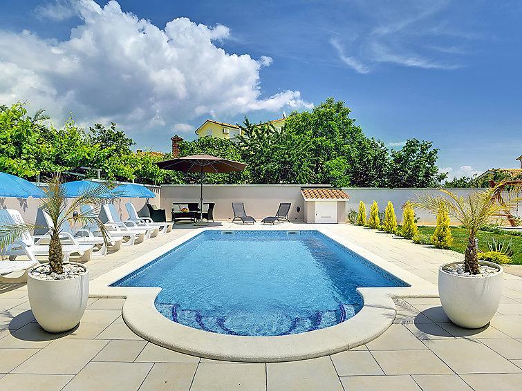 5 bedroom Villa in Medulin, Istria, Croatia : ref 2215316 - Image 1 - Medulin - rentals