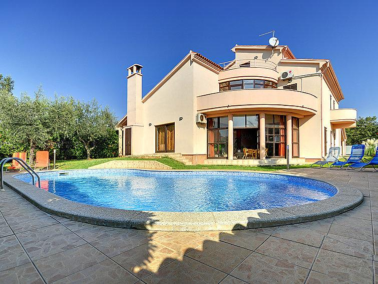 6 bedroom Villa in Medulin, Istria, Croatia : ref 2218693 - Image 1 - Medulin - rentals