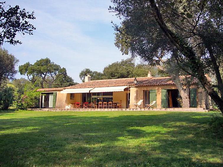 5 bedroom Villa in Sainte Maxime, Cote d'Azur, France : ref 2057404 - Image 1 - Le Plan-de-la-Tour - rentals