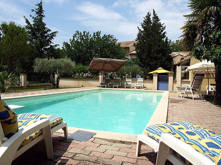 4 bedroom Villa in Carpentras, Provence, France : ref 2015289 - Image 1 - Carpentras - rentals