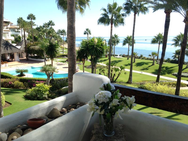 Terrace View - 2 Bed apt in Alcazaba Beach - Estepona - rentals