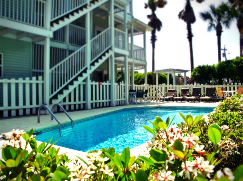 8 Bdr - Privavte Pool - Gulfview - 25 yards to the beach access - Image 1 - Seacrest Beach - rentals
