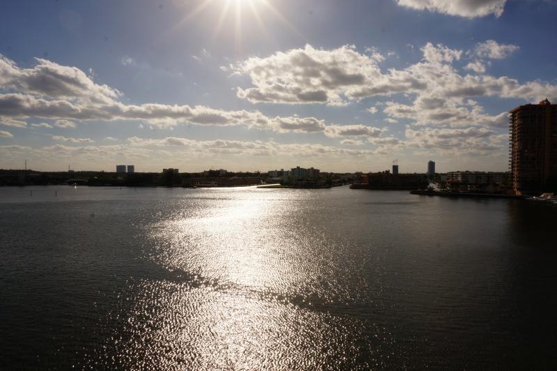 INTRACOASTAL VIEW FROM BALCONY - Porto Belagio 2/2 Beautiful Condo 6TH FL - Sunny Isles Beach - rentals