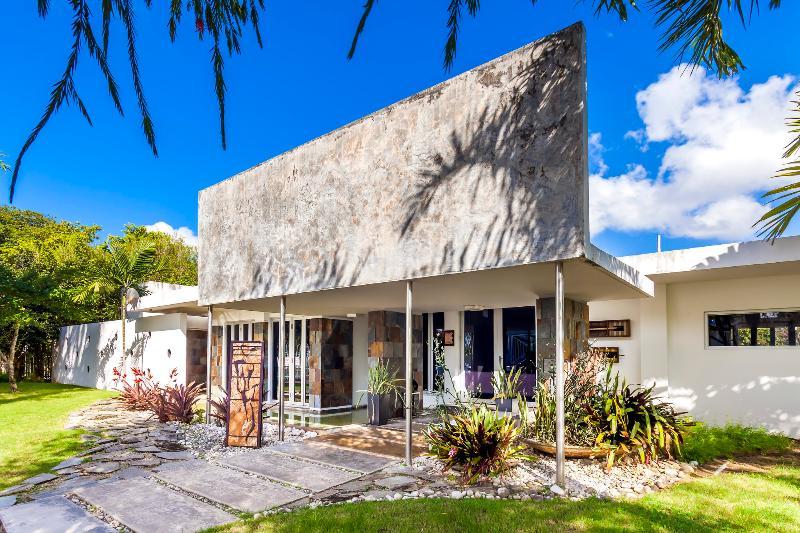 Large 4 bedroom home in Guaynabo - Image 1 - San Juan - rentals
