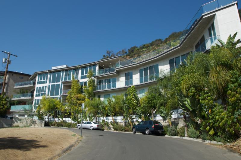 #332 Luxury Huge Hollywood Hills View Estate - Image 1 - Los Angeles - rentals