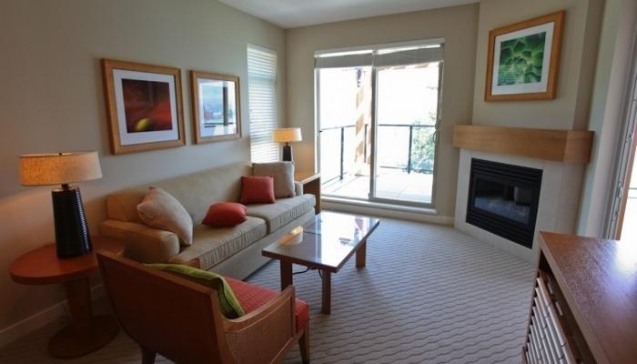 Unwind in this chic, light-filled condo - 1 Bedroom Condo: City View | Watermark Beach Resort, Osoyoos - Osoyoos - rentals