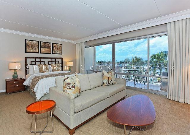 Spacious Ilikai Studio with FREE parking/WiFi and Marina/Ocean Views! - Image 1 - Waikiki - rentals