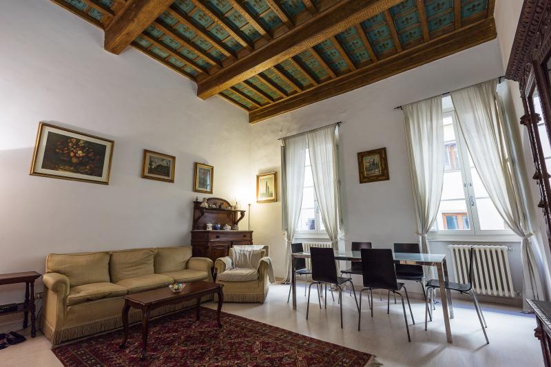 Romantic 6 Bedroom Apartment in the Center of Flor - Image 1 - Florence - rentals