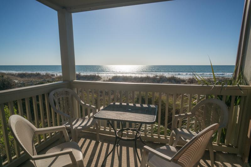 Oceanfront, Surfside Beach, updated master bath! - Image 1 - Surfside Beach - rentals