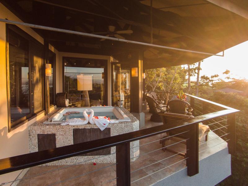 Private spa with ocean view - Casa 405 Tulemar- Ocean View, Terraces, Beach - Manuel Antonio - rentals