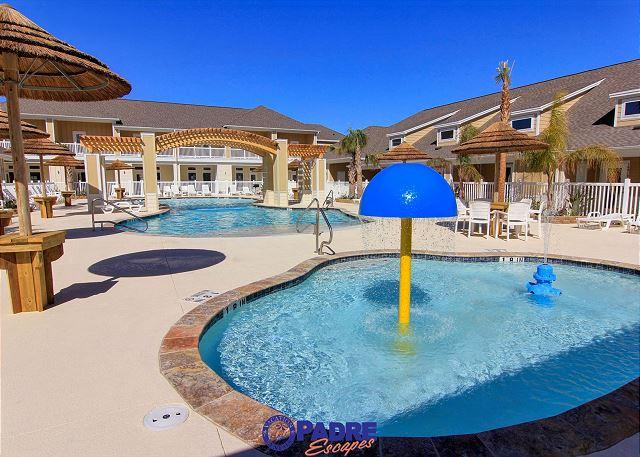 Great pool area for the whole family to enjoy - All-new Poolside Property that's close to the Beach! - Corpus Christi - rentals