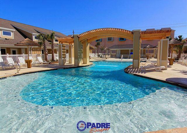 Sparkling saltwater pool at Village by the beach - Beautiful Brand New poolside property that's close to the Beach! - Corpus Christi - rentals