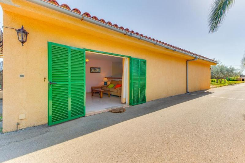 Breezy cottage with a private pool & lawn, close to town! - Image 1 - Felanitx - rentals
