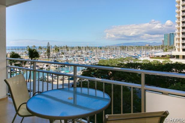 Waikiki Beach Ilikai 431 OCEAN SUNSET VIEW @ BCH! - Image 1 - Honolulu - rentals