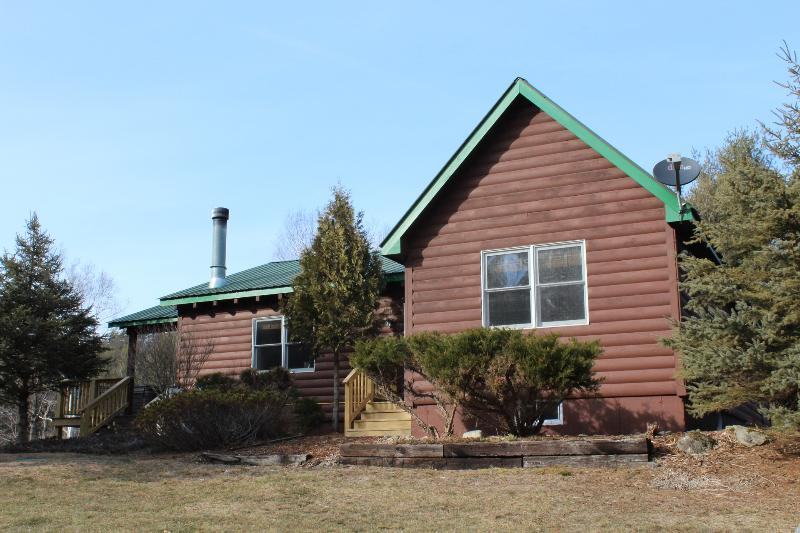 Charming home with stunning views - Esther Mountain Chalet - Wilmington - rentals
