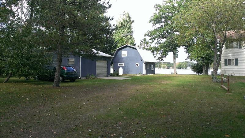Lake front cottage on beautiful, all sports, Lily Lake - Lakefront on beautiful, all sports, Lily Lake - Harrison - rentals
