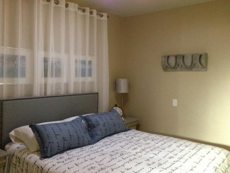 Furnished 1-Bedroom Cottage at Park Ave & Idaho St Santa Clara - Image 1 - Santa Clara - rentals