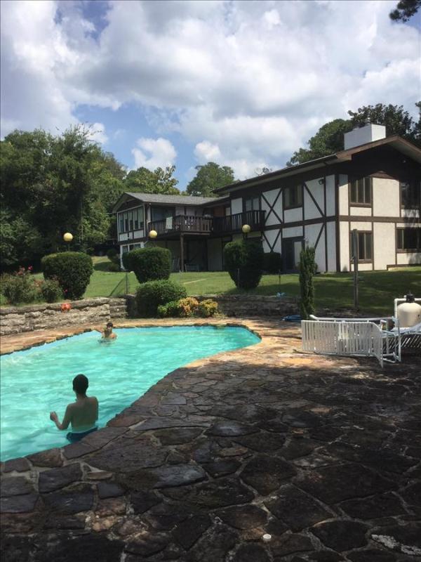Hidden Oasis Retreat, Private Pool, Hot Tub, Huge Yard, Trolley Route, Boat Parking - Image 1 - Eureka Springs - rentals