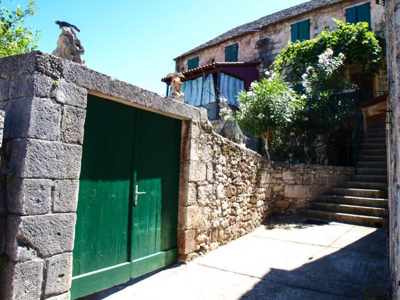 house - Villa Damir H(4+2) - Dol (Brac) - Dol - rentals