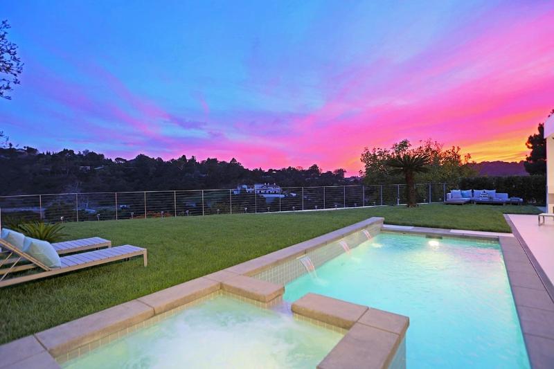 - Arby Way - Beverly Hills - rentals