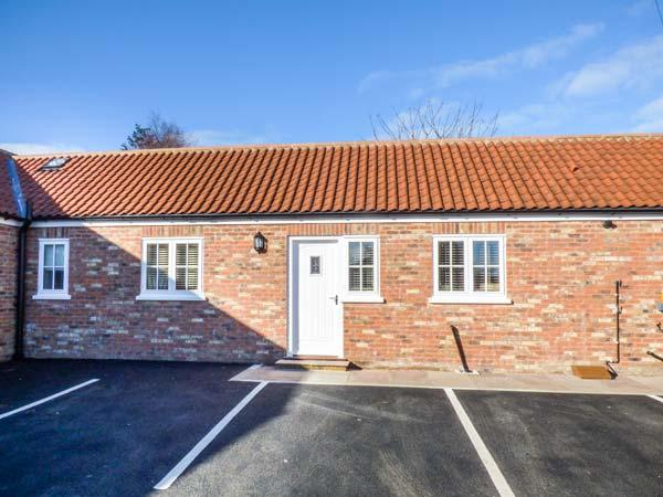 1 CROFT COTTAGES, all ground floor, pet-friendly, WiFi, bike storage, Farlington, Ref 930848 - Image 1 - Farlington - rentals