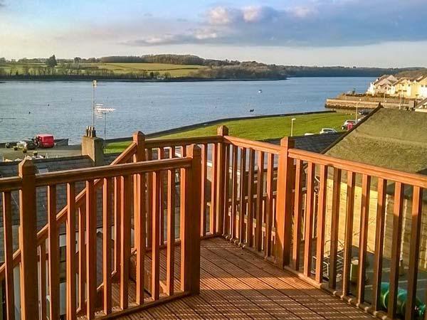 GLAN HELYG, lovely accommodation, WiFi, garden, waterfront views, in Y Felinheli, Ref 932088 - Image 1 - Y Felinheli - rentals