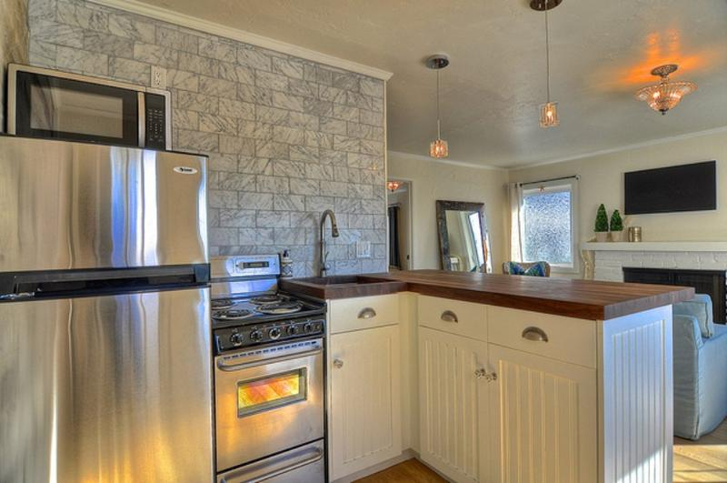Furnished 1-Bedroom Cottage at Pacific Coast Hwy & Coast Hwy Laguna Beach - Image 1 - Dana Point - rentals