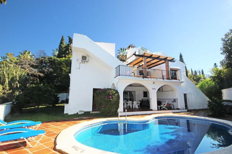 1834 - 5 bed Villa, El Rosario, Marbella - Image 1 - Elviria - rentals